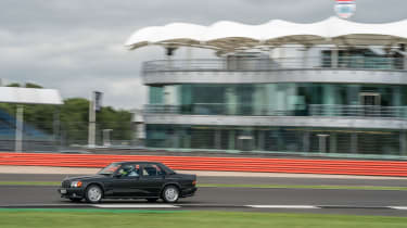 Mercedes-Benz 190E 3.2 AMG - Side