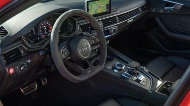 Audi RS4 – interior