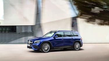 Mercedes GLB revealed - front