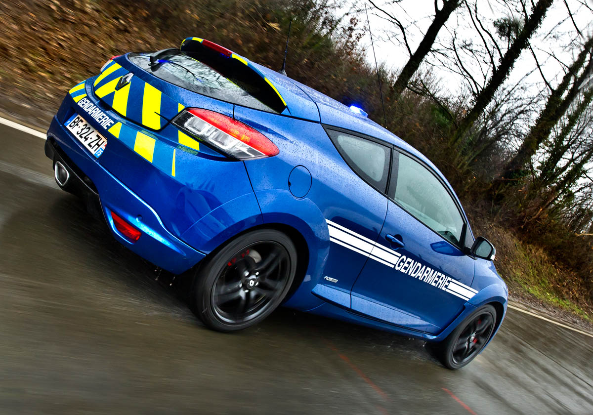 French Police Get Renaultsport Megane 250 Cups Evo