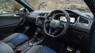 Volkswagen Tiguan R – interior