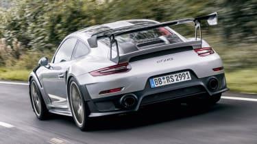 Porsche 911 GT2 RS - rear driving