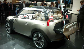 Geneva 2011: 94mpg Mini Rocketman concept