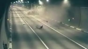 Tunnel car crash on VVTV