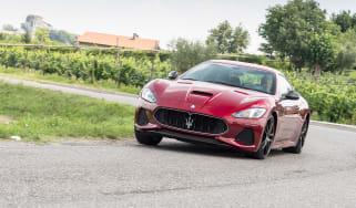 Maserati GranTurismo - front cornering
