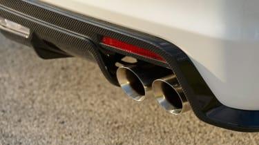 Cadillac ATS-V - pipes