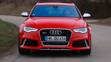 2013 Audi RS6 Avant red front