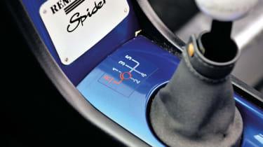 Renault Sport Spider gear lever