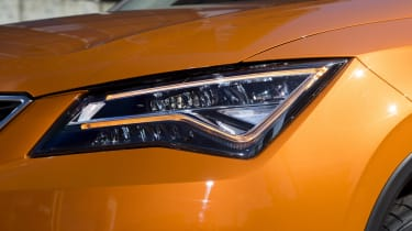 SEAT Ateca headlight