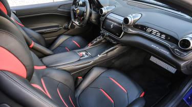 Ferrari GTC4 Lusso T - interior 6