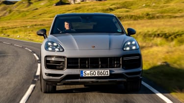 Porsche Cayenne Coupe Turbo GT – front tracking