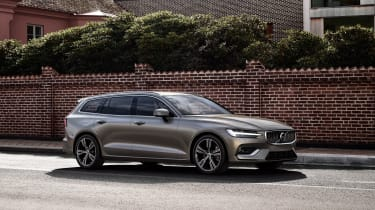 Volvo V60 press - front driving