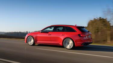 Audi RS4 - side