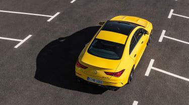 Mercedes-AMG CLA35 - top