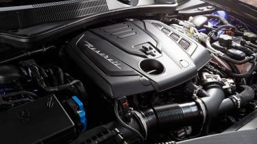Maserati Ghibli MY2021 hybrid engine