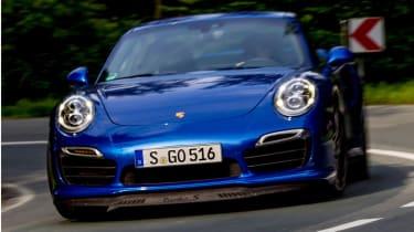 Porsche 911 Turbo S front cornering