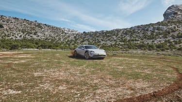 Porsche Taycan Cross Turismo - quarter