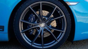 Porsche 911 Carrera T – wheels