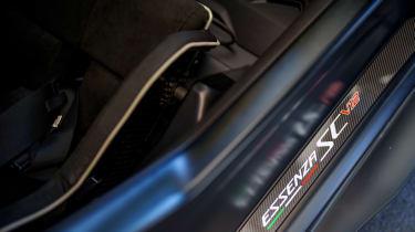 Lamborghini Essenza SCV12 – sill