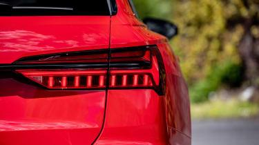 Audi S6 TDI - rear lights