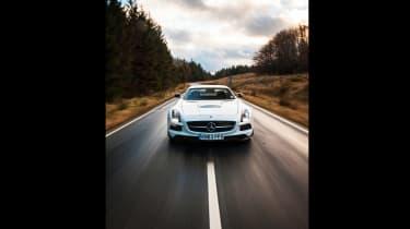 Porsche 911 GT2 RS & Mercedes-Benz SLS AMG Black Series - SLS front