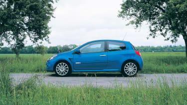 Renault Sport Clio 197 – side