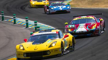 Le Mans 2017 - Corvette overtaking