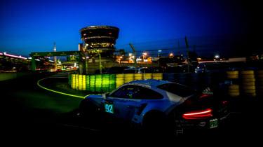 Le Mans 2017 - 911 RSR rear night