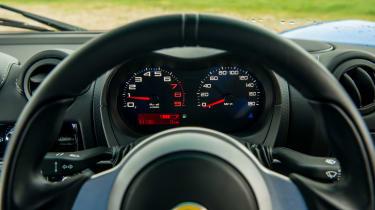 Lotus Elise Sport 220 - Dials