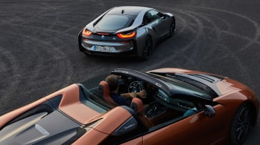 BMW i8 Roadster - pair
