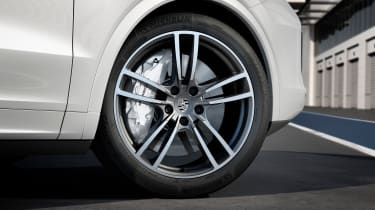 Porsche Surface Coated Brake (PSCB) on 2018 Porsche Cayenne Turbo