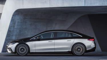 Mercedes-Benz EQS – side static