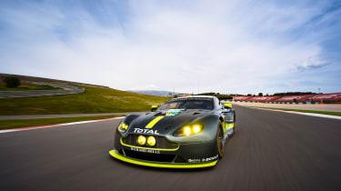 WEC 2017 - Aston Martin V8 GTE front 2