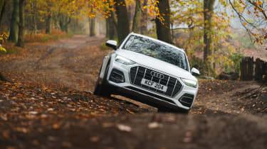 Audi Q5 2021 – front off