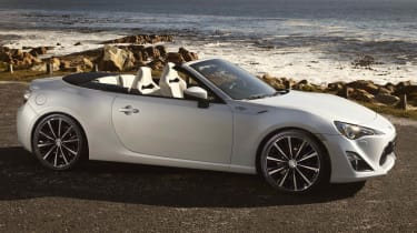 Toyota FT-86 Open Concept previews GT86 cabriolet