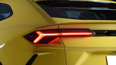 Lamborghini Urus – rear light