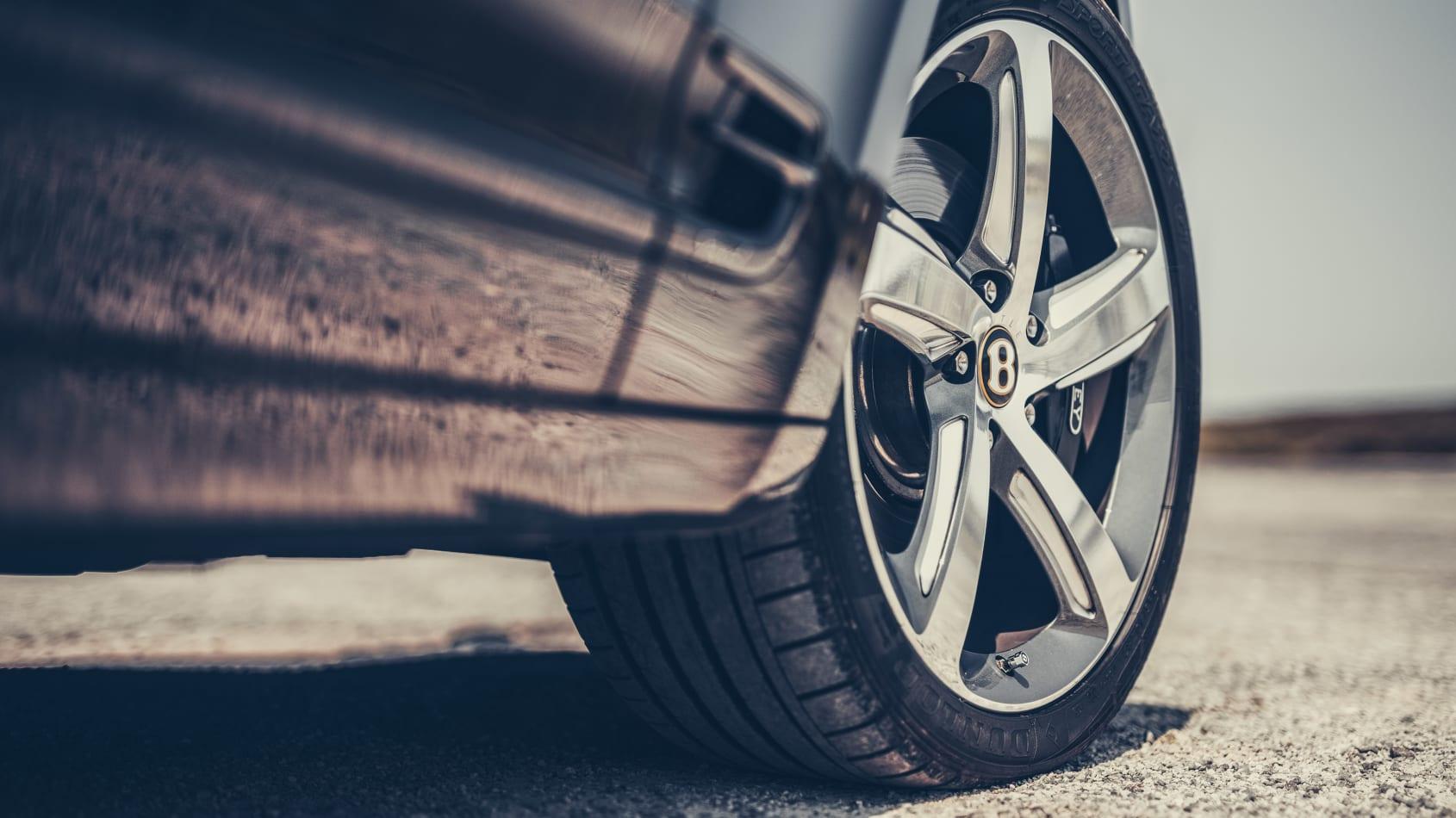 [Image: Bentley%20Mulsanne%20car%20pics%20of%20the%20week-7.jpg]