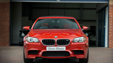 BMW M5 F10 –  front