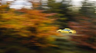 Porsche 911 Turbo – side