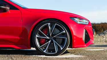 Audi RS7 red - wheel