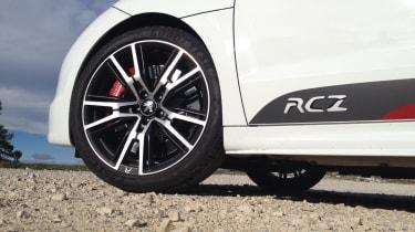 Peugeot RCZ R alloy wheel door decal