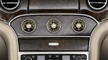 Bentley Mulsanne Hybrid concept dials