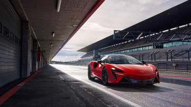 McLaren Artura revealed - orange front pit