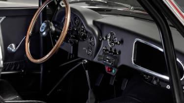 Aston Martin DB4 Zagato continuation - dash