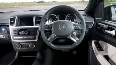 Mercedes ML63 AMG interior