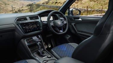Volkswagen Tiguan R – dash
