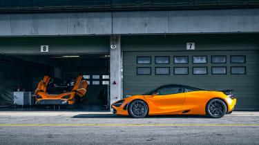 McLaren 720S track pack - side