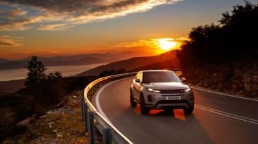 2019 Range Rover Evoque silver - nose