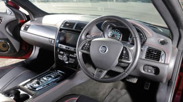 Jaguar XKR-S | evo
