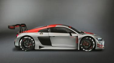 Audi 2018 R8 LMS front quarter - profile
